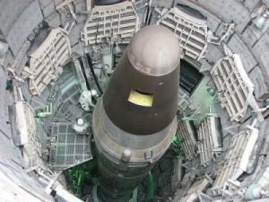 titan-Nuclear-Warhead-400x300